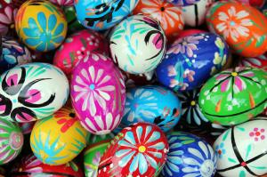 celebrate-easter-world-easter-egg